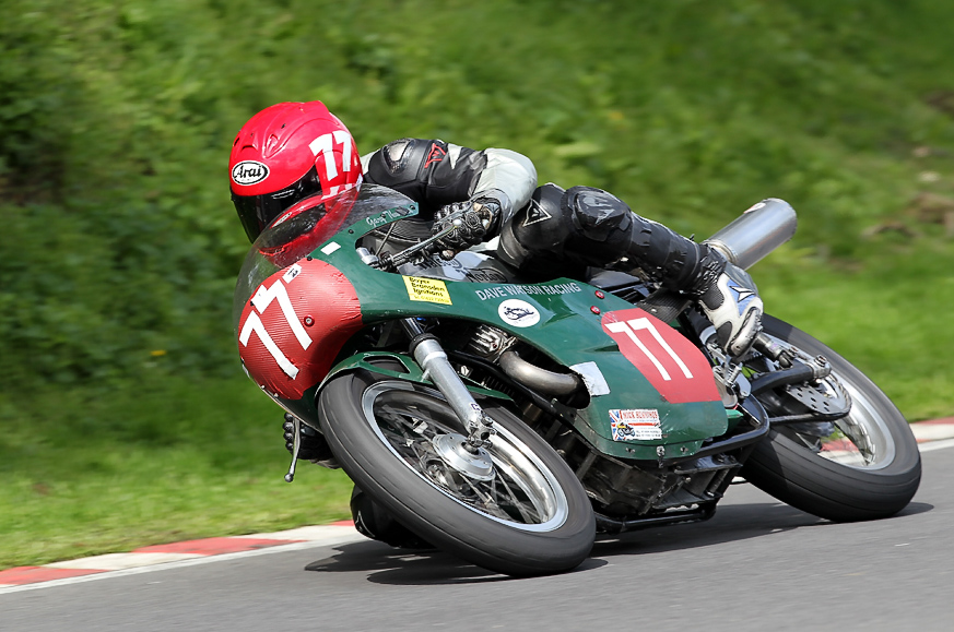 Dave Watson Gary Thwaites JS 1007b